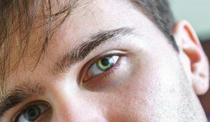 mannelijke ogen